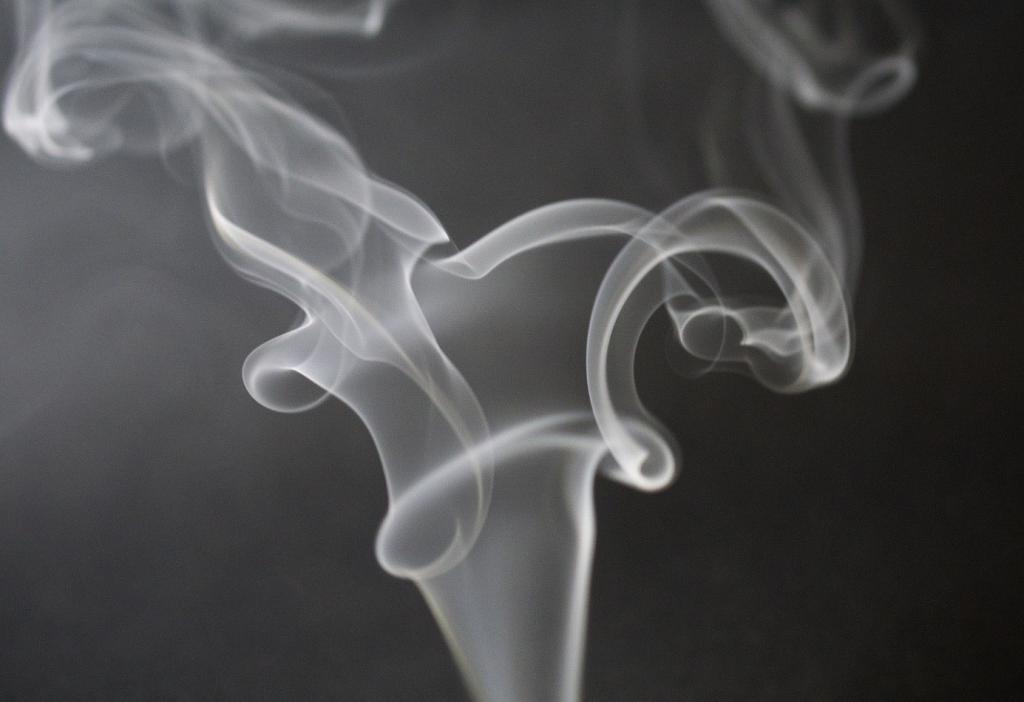 blauer-dunst-rauchen-ist-ungesund