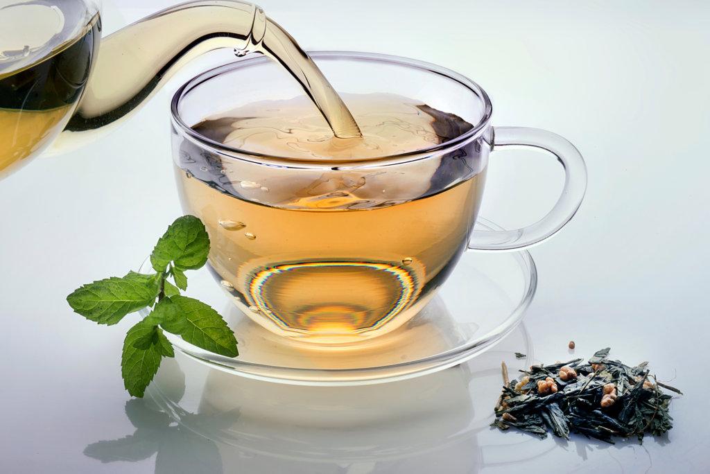 Tipps bei Blasenentzündungen - Tee trinken